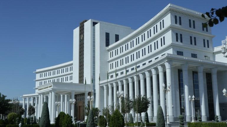 PRELET TURKMENISTANOM
